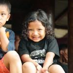 Niños en sacrificio de Rantepao (Tana Toraja)