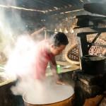Fabricando tofu artesano en Karang (Borobudur, Java)